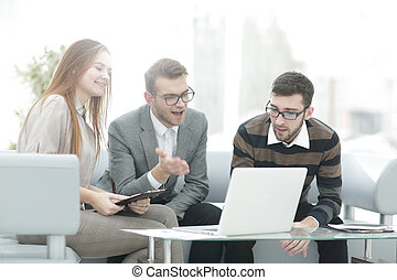 businessman discussing with business team ideas for a new business project