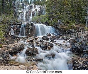 Tangle Falls middle