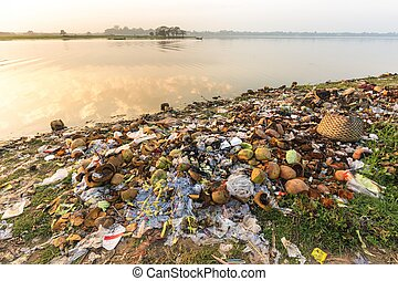 Water rubbish pollution